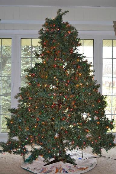 1525 lights 2011 Christmas smaller