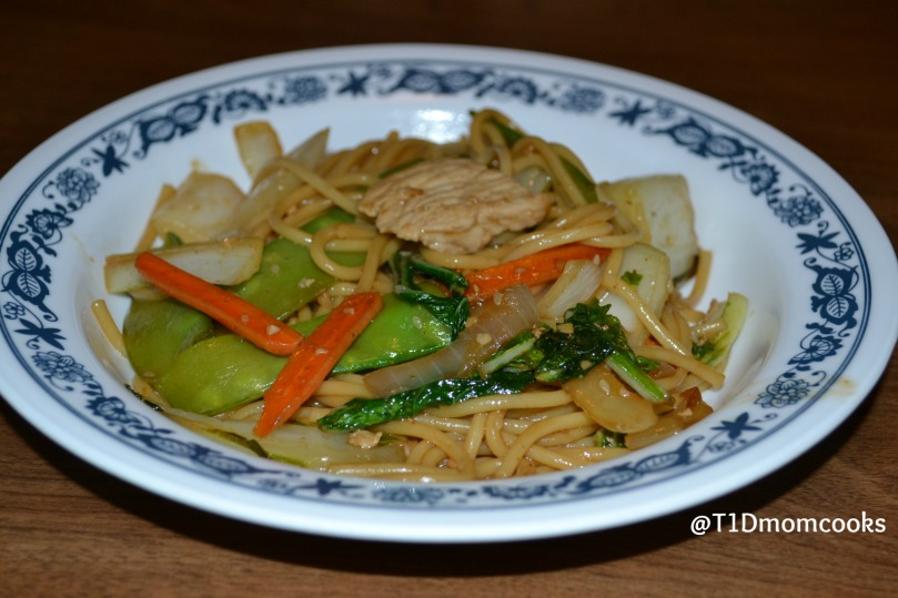Pork lo mein by Barb Szyszkiewicz for Cookandcount.wordpress.com