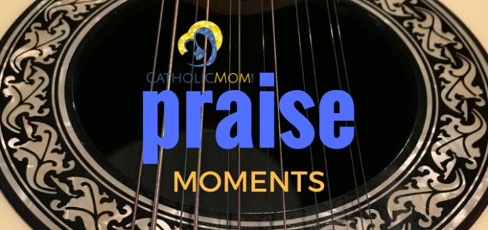 cm-praise-moments-fi